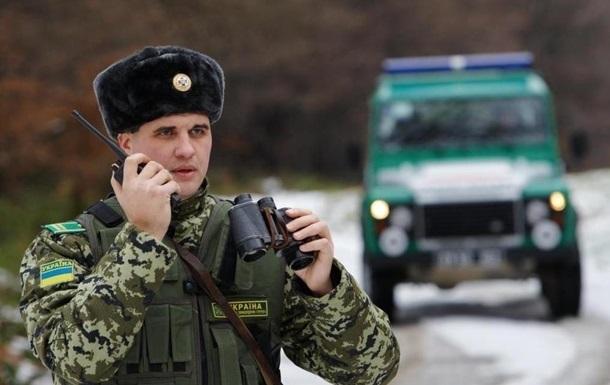 На Буковине пограничники открыли огонь на поражение: ранены контрабандисты