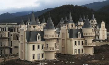 В Турции из-за рецессии появился город-призрак из нескольких сотен средневековых замков