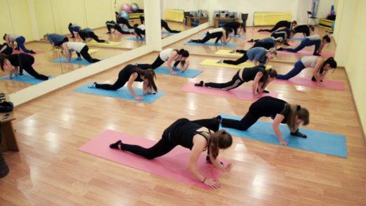 Стрейч-тренировка: особенности, результат, разновидности и противопоказания