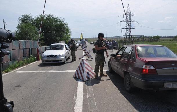 Пункты пропуска на Донбассе переходят на летний режим работы