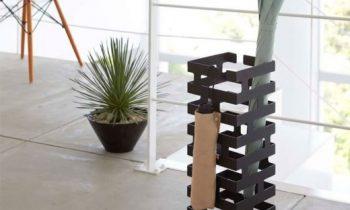 Изящные, надёжные и практичные зонтовницы для любого интерьера
