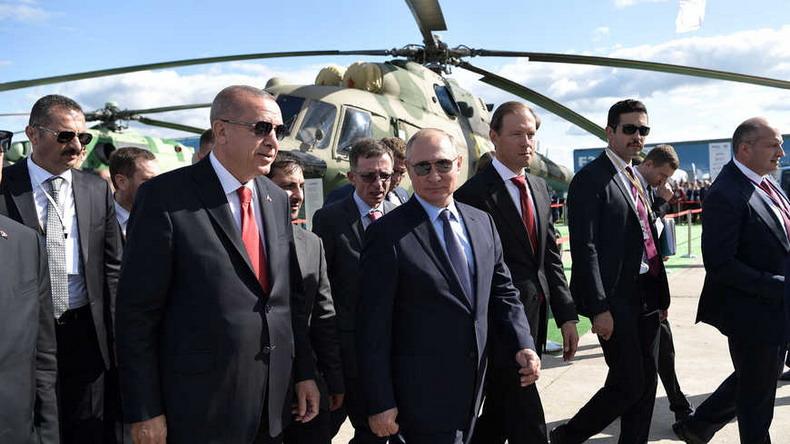 С каждым визитом Эрдогана Анкара становится все более обязанной Москве
