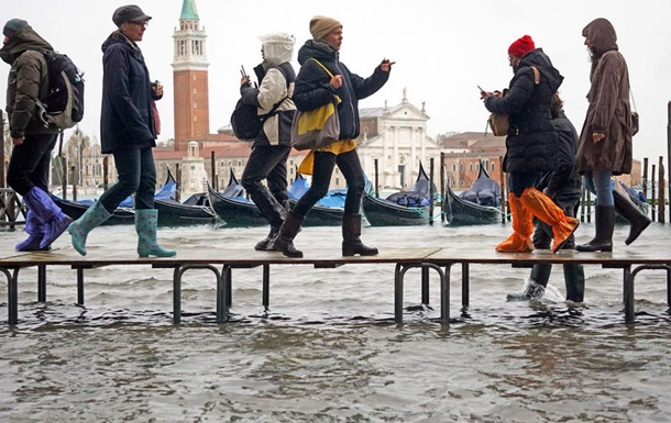 Венецию затопило после проливных дождей