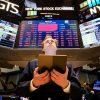Биржи США рухнули на фоне COVID-19 и цен на нефть