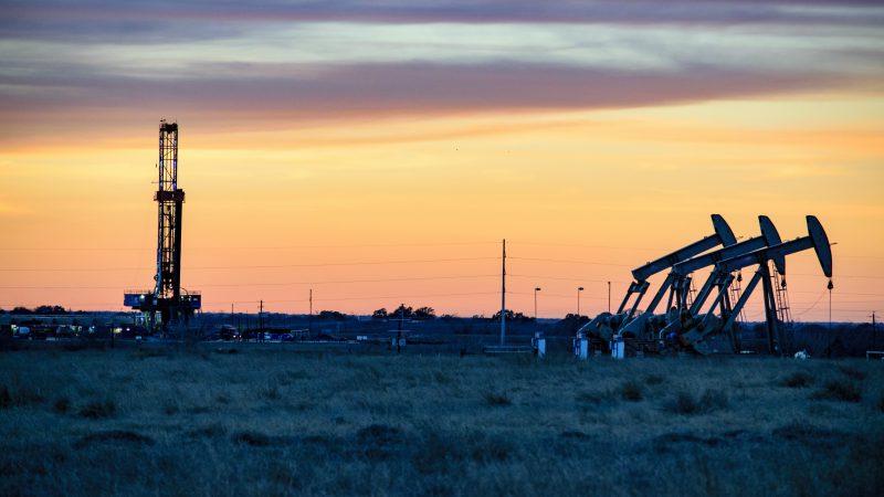 Сланцевая индустрия США станет первой жертвой ценовой войны на рынке нефти