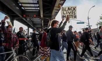 Правозащитники шокированы атаками на журналистов при протестах в США