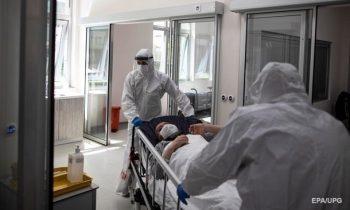 На Закарпатье выявили вспышку коронавируса из-за празднеств
