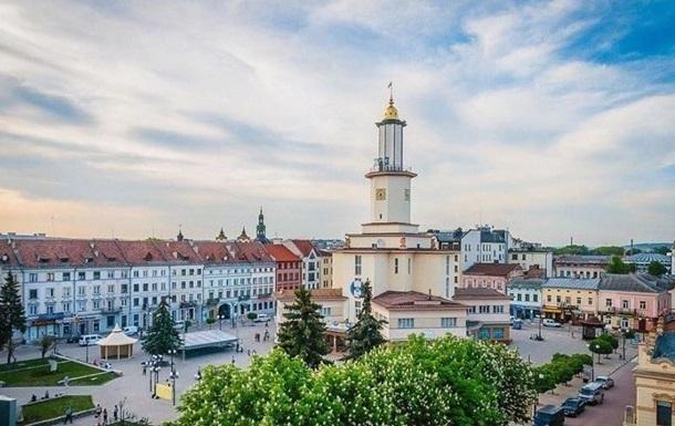 Во Франковске городские власти проголосовали за открытие школ