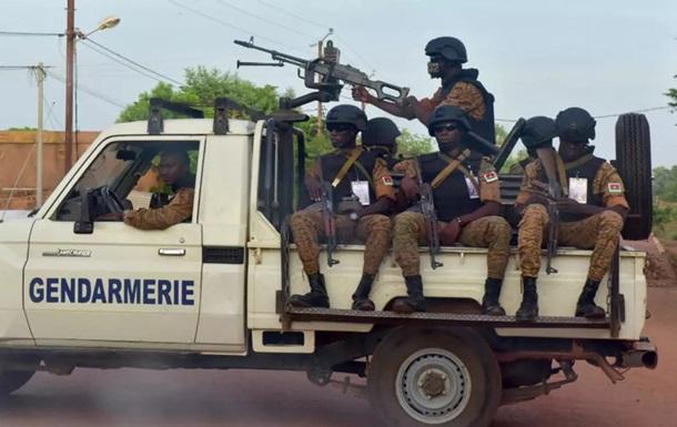 В Буркина-Фасо боевики убили 20 деревенских жителей