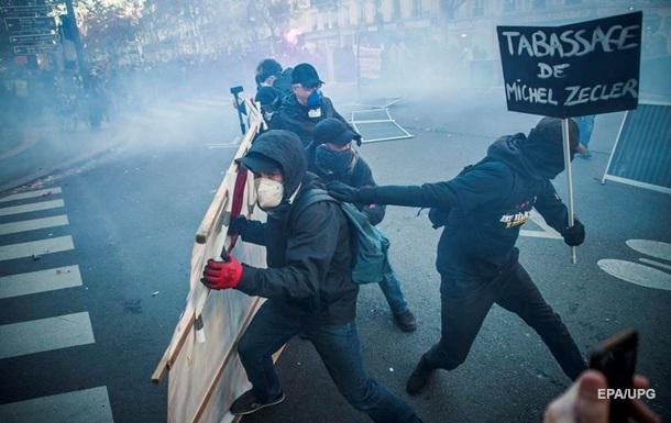 По всей Франции прошли массовые протесты против ограничений свободы прессы