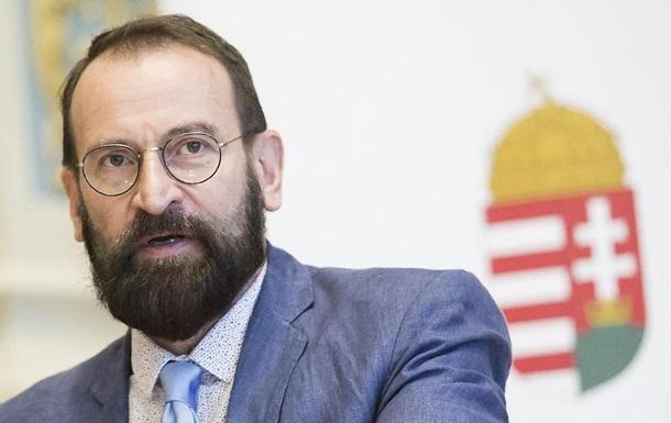 Задержанный на секс-вечеринке депутат Европарламента подал в отставку