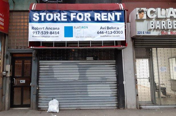 Положение американского малого бизнеса ухудшается — закрылись почти треть малых предприятий Нью-Йорка и штата Нью-Джерси