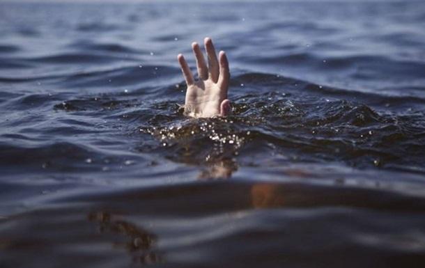 Двое детей утонули в Кременчуге, провалившись под лед
