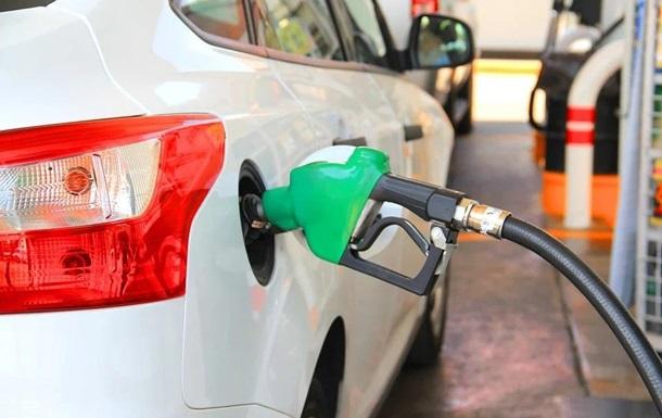 На украинских АЗС начнутся проверки качества топлива