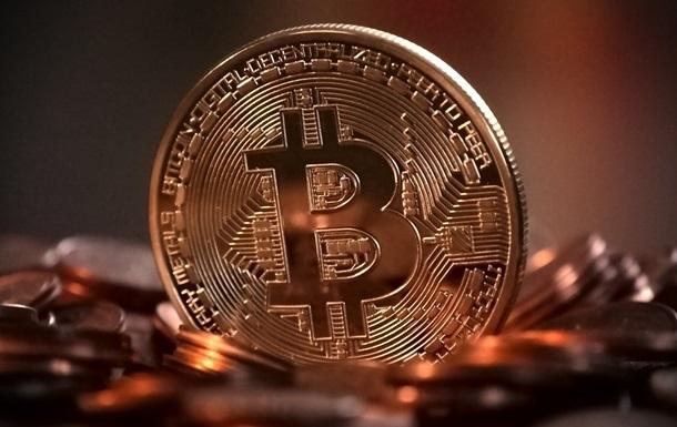 Цена биткоина впервые превысила $60 тысяч