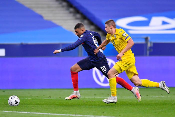 Украина сыграла вничью с Францией