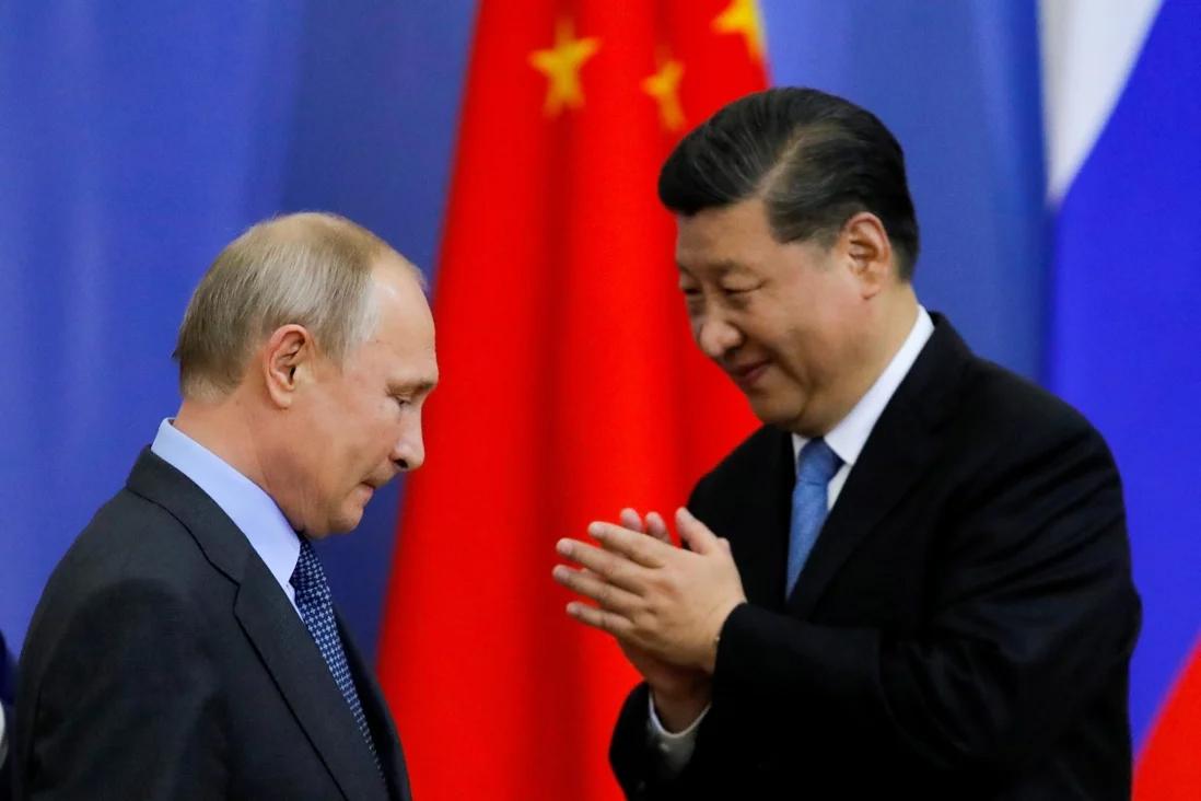Посол в Москве: Китай будет согласовывать с Россией свою политику в отношении США