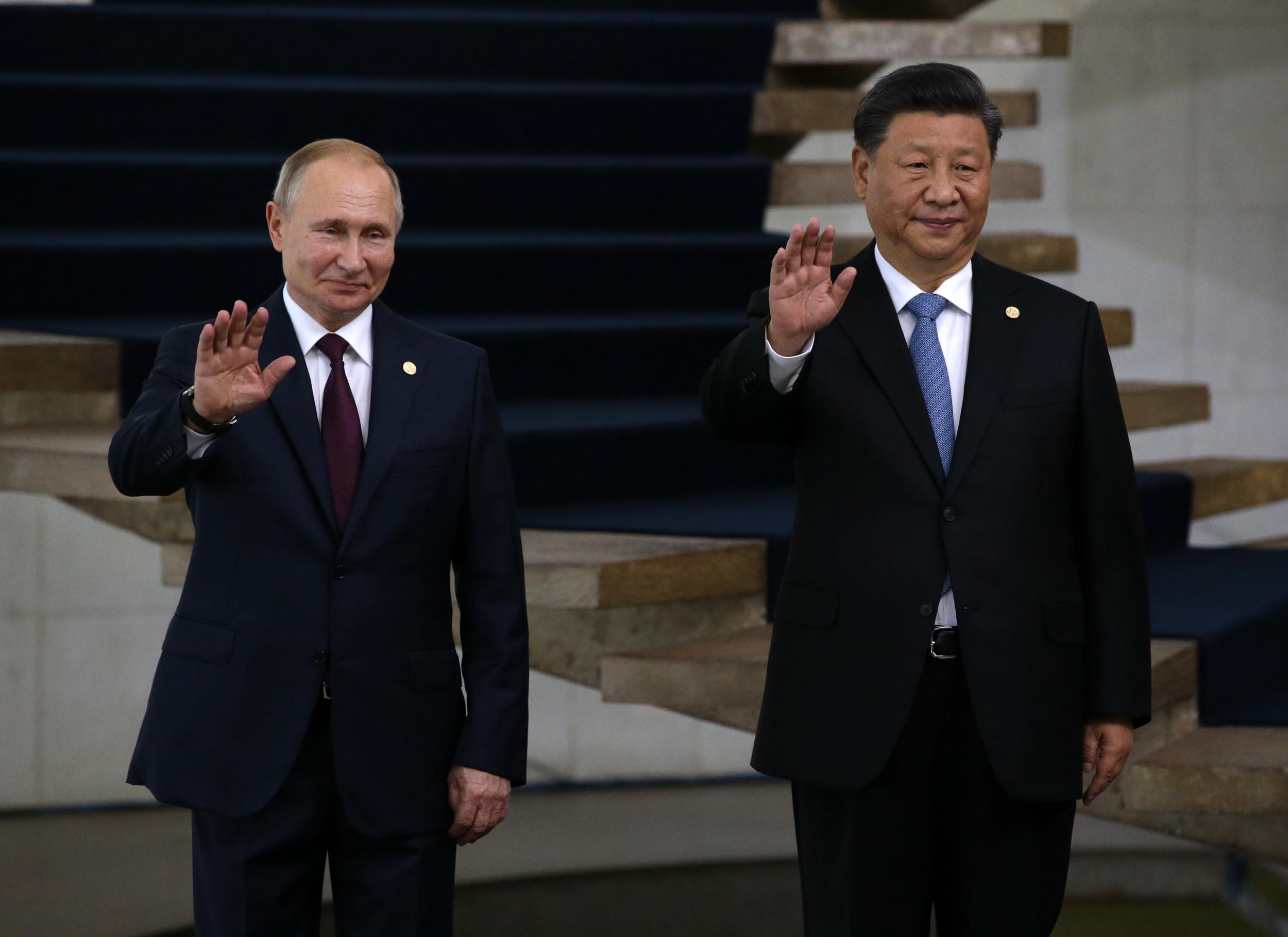 Newsweek: республиканцы больше боятся Китая, а демократы – России