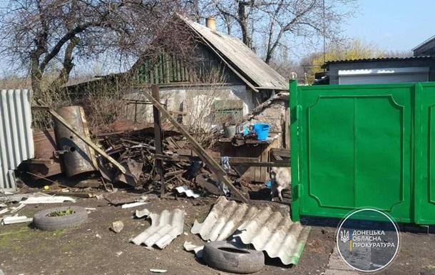 Сепаратисты обстреляли жилые дома на Донбассе