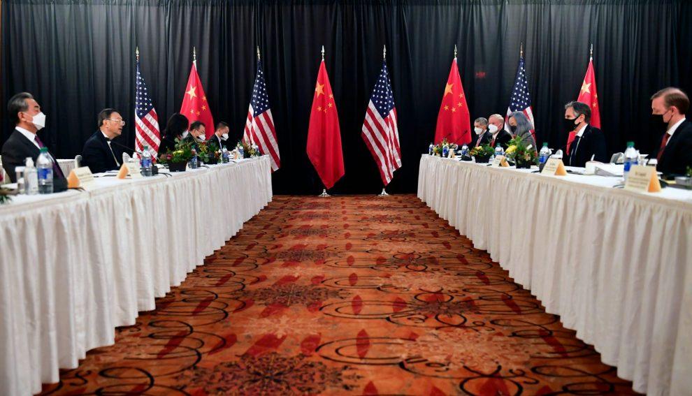 Джо Байден правильно говорит с Россией и Китаем, но неправильно действует