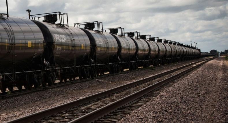 В мире заканчивается избыток нефти, образовавшийся в результате пандемии?