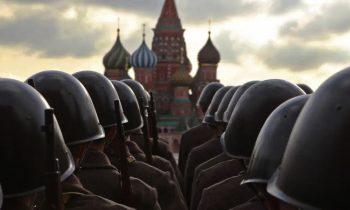 Почему западные СМИ так скудно освещают крупную российскую военную мобилизацию