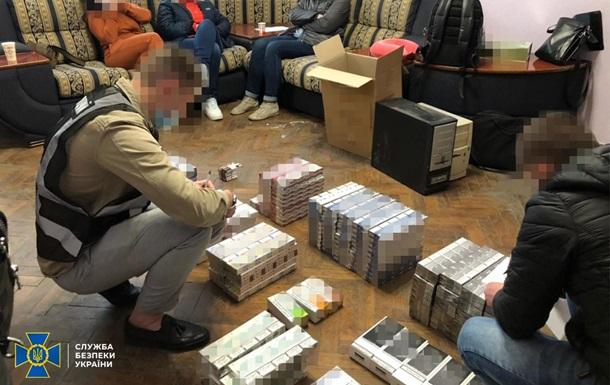 СБУ заблокировала продажу контрафактного алкоголя и сигарет на 10 млн