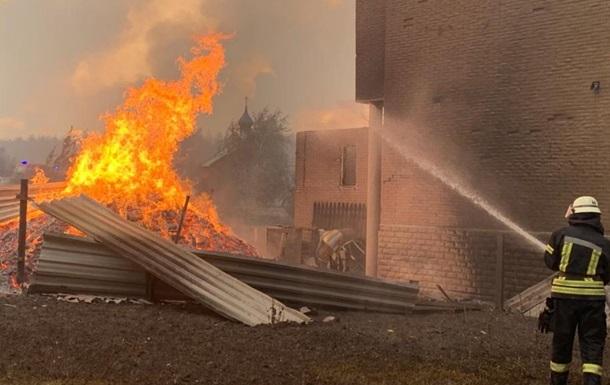Пожары на Луганщине: шесть спасателей пойдут под суд за фальсификацию