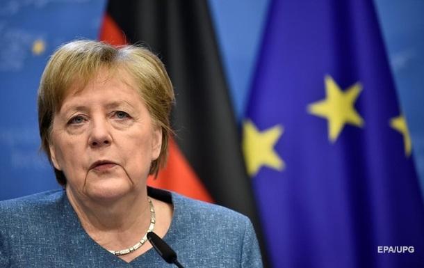 Угон самолета Минском: Меркель выразила сомнение в непричастности РФ