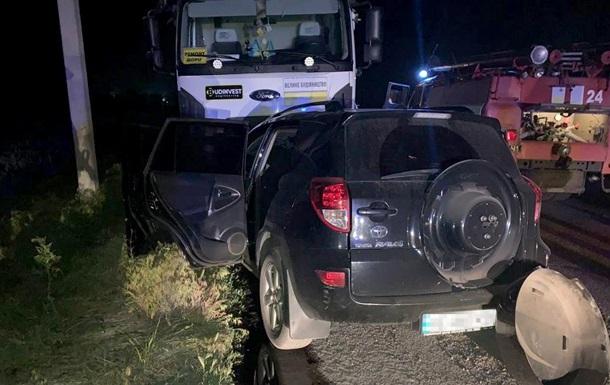 В Днепропетровской области четыре человека погибли в ДТП с самосвалом