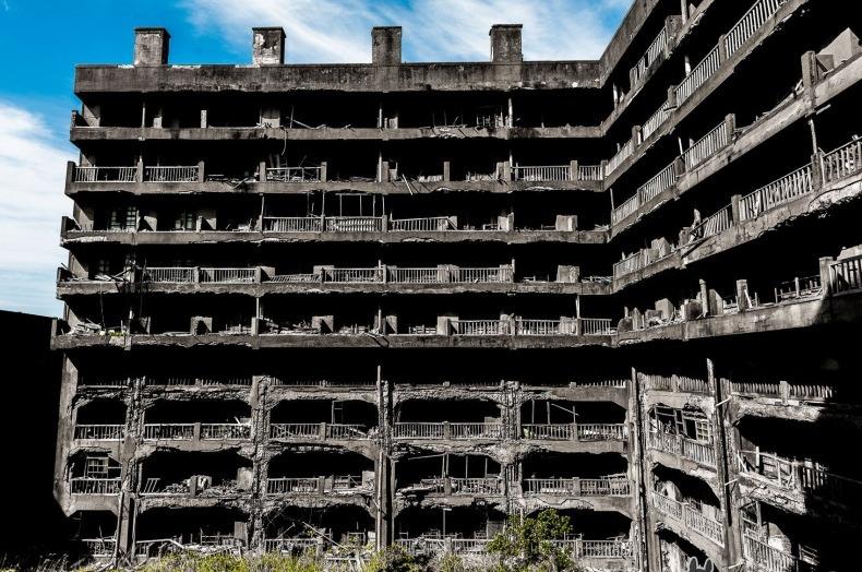 Эксперты: Падение рождаемости превращает планету в город-призрак
