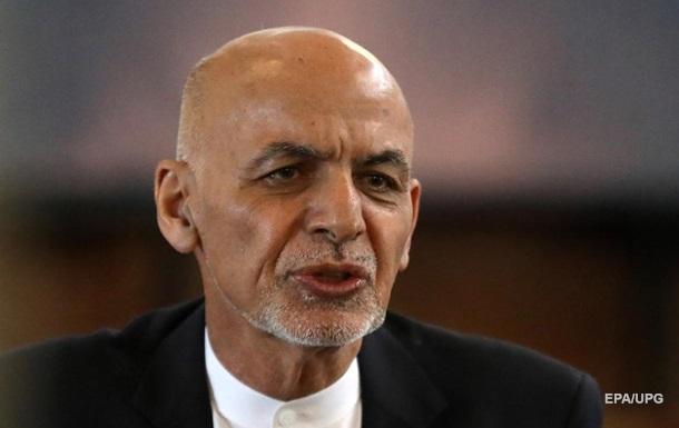 Талибы в Кабуле: афганский лидер улетел в Узбекистан
