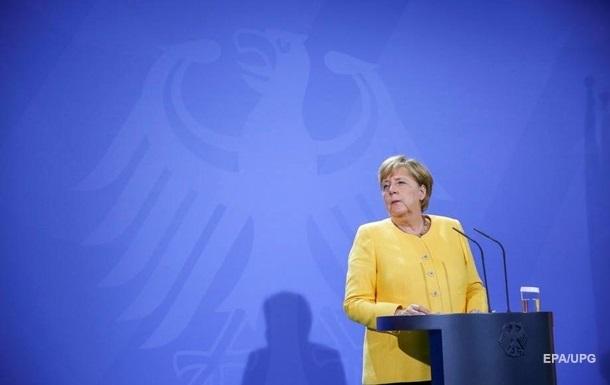 Меркель не будет на Крымской платформе - СМИ