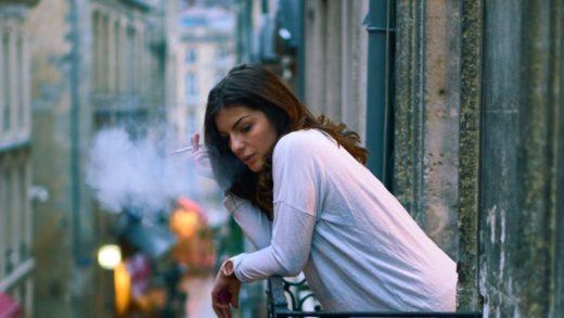 Курение на балконе, за и против