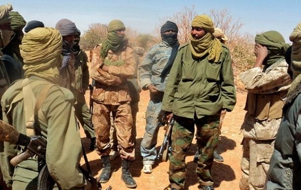 В Нигерии боевики захватили два пассажирских автобуса и похитили людей