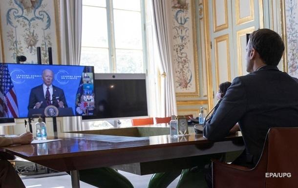 Байден и Макрон обсудили скандал из-за AUKUS